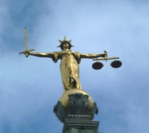 Atbildība par tiesisku valsti
